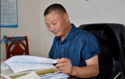 阆中-振兴乡村经济发展与黄梨为伴的皇梨人   宋兴卫
