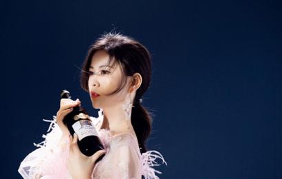 最美外交女主持人刘美希再添新代言 品牌认可度获赞商业价值飙升